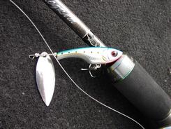 SHINTOWA Guppy 海鱸專用高比重 Tail Spinner